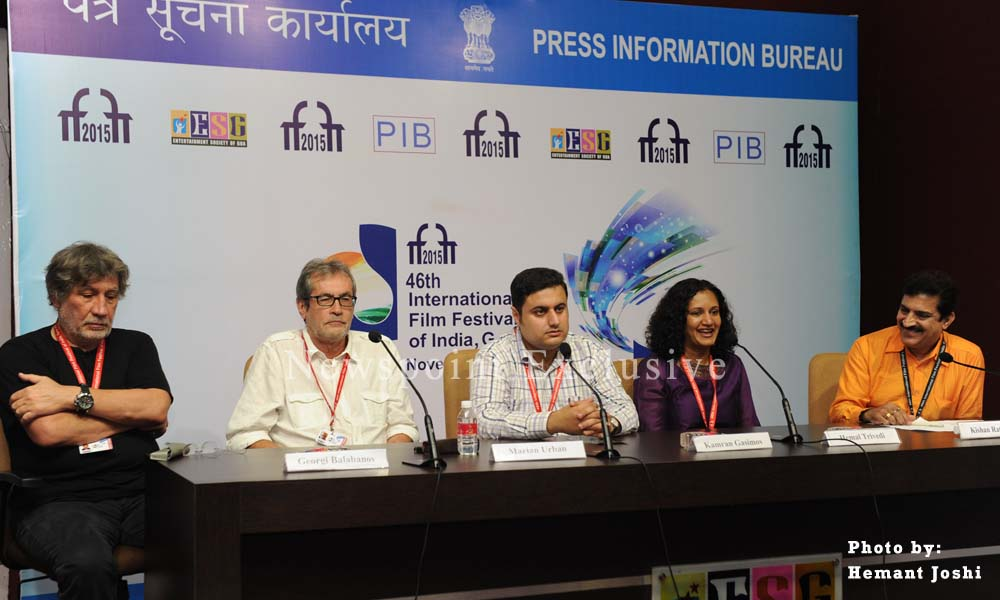 Goa, 27th Nov. 2015: Film Editor and Producer, Hemal Trivedi, Writer Kamran Gasimov and Producer Marian Urban address a Press Conference at 46th IFFI 2015.
