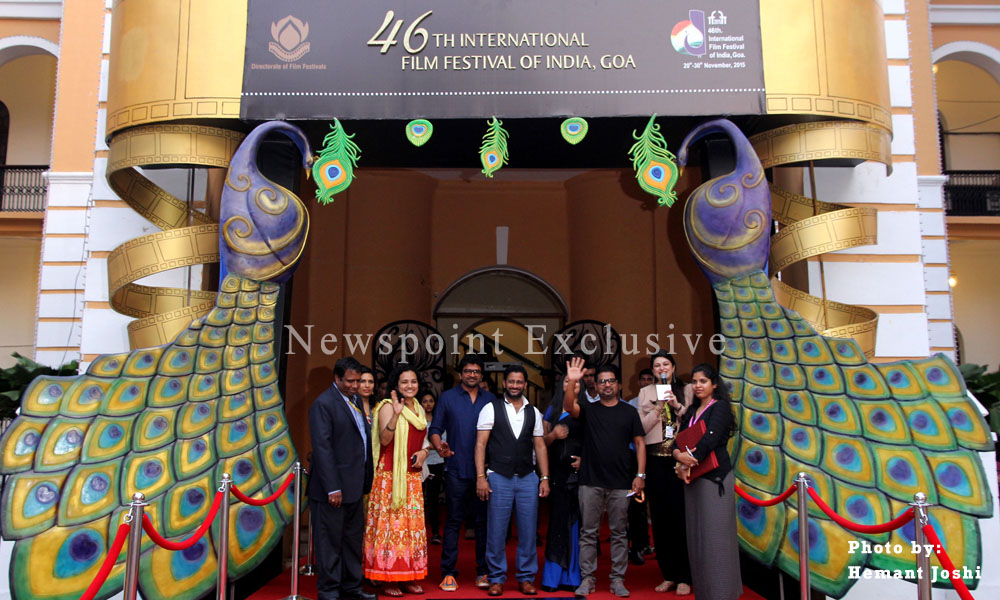 Goa: 29 Nov 2015: Renowned actor Satish Shah on Red Carpet, at the 46th International Film Festival of India (IFFI-2015).