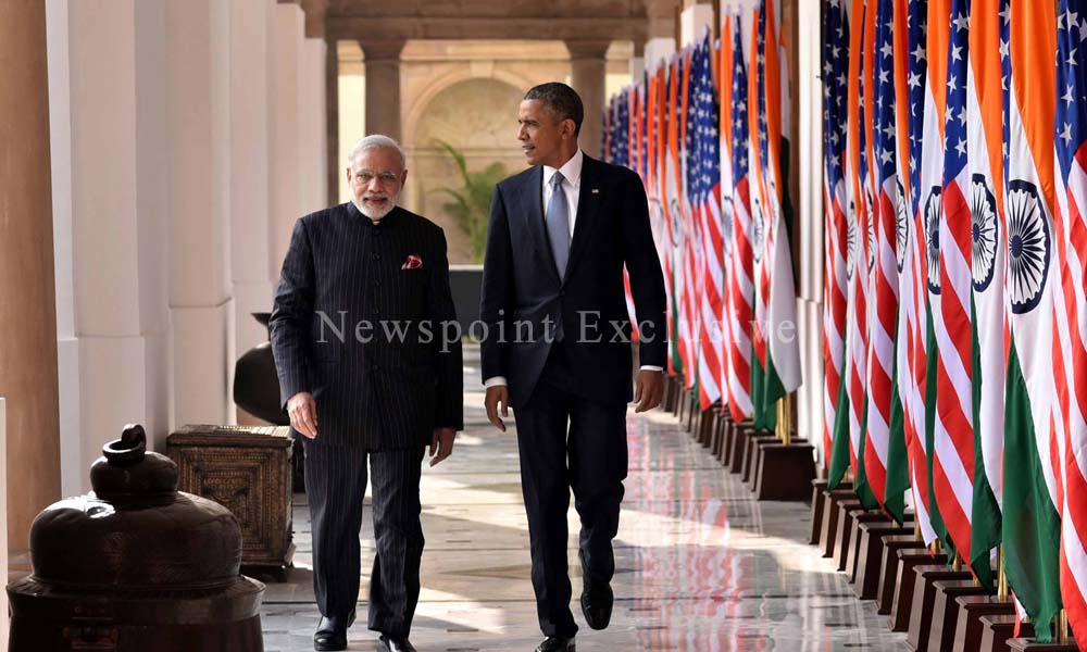 New Delhi 27 Jan 2015: Indian Prime Minister Mr. Narender Modi and U.S President Barack Obama walk inside Hyderabad House.