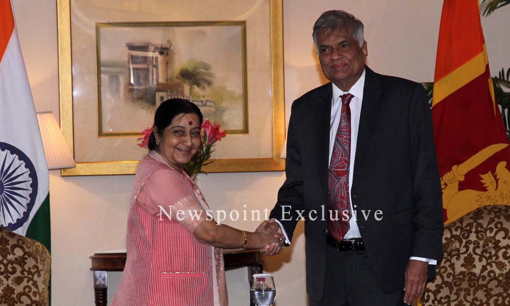 New Delhi, 15th Sept. 2015: Prime Minister Ranil Wickremesinghe of Sri Lanka met Minister of External Affairs, Mrs. Sushma Swaraj