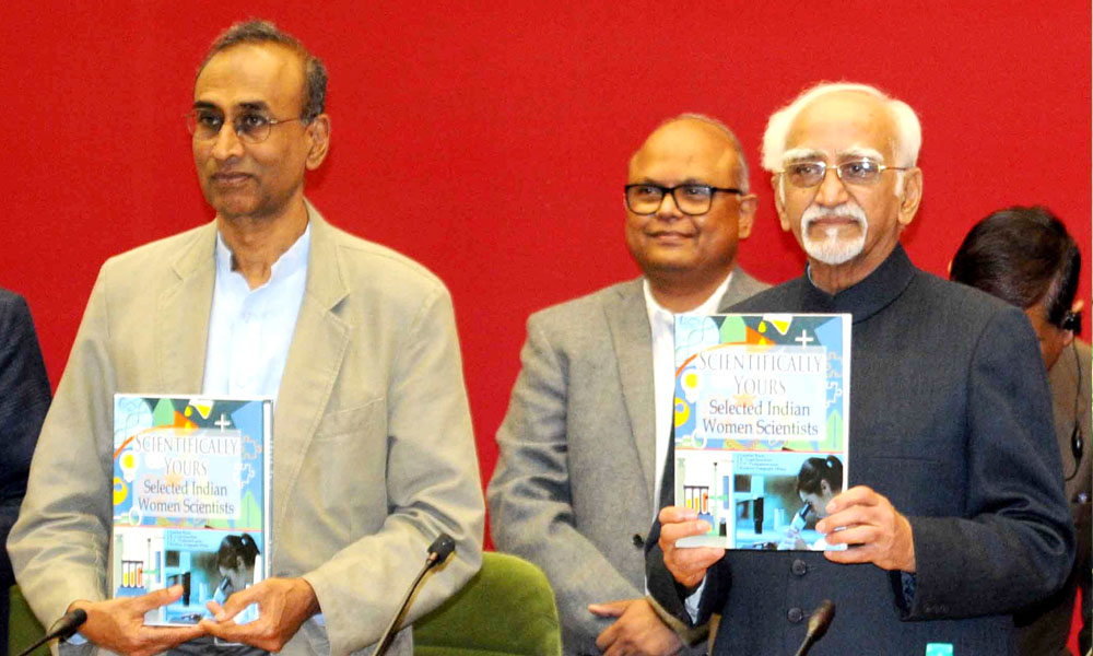 New Delhi:10th Jan 2016:The Vice President, Shri M. Hamid Ansari releasing the book `Scientifically Yours`, at a function.