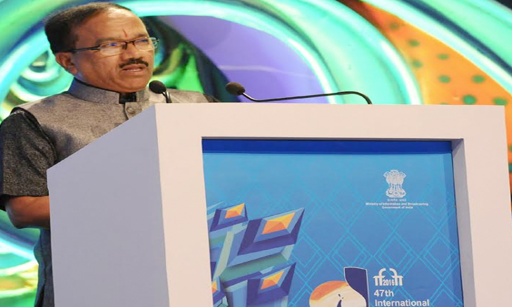 Goa, 29 Nov. 16: CM of Goa, Shri Laxmikant Parsekar addressing at the closing ceremony of the 47th International Film Festival of India IFFI-2016, in Panaji