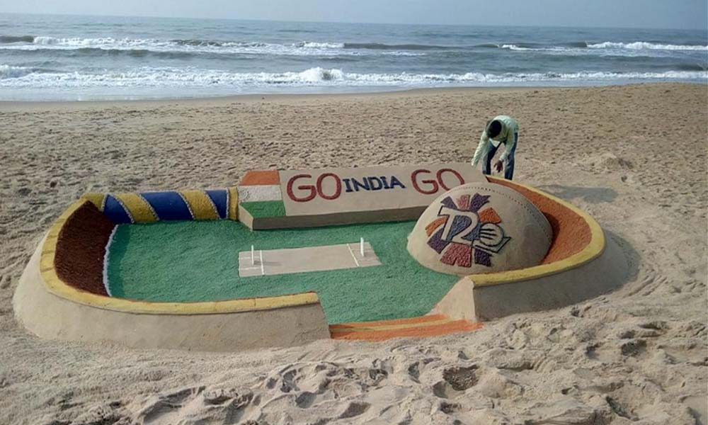 Odisha, 31st march 2016: Artist Sudarsan Pattnaik extends best wishes to Team India through his sand art.