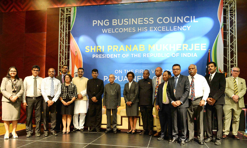 Papua New Guinea, 30th April 2016: The President, Pranab Mukherjee in a group photograph at the International Convention Centre.