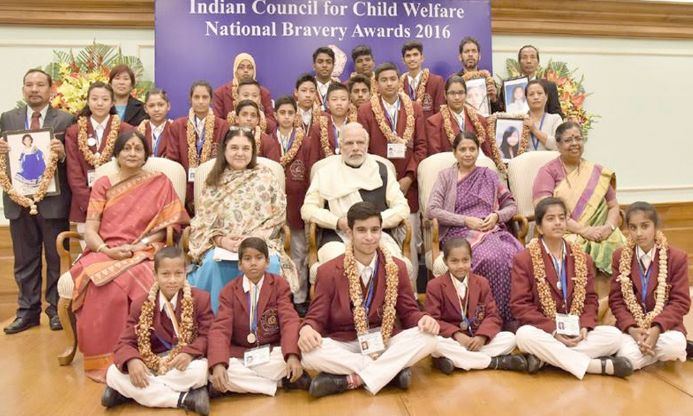24th Jan.2017: Prime Minister Narendra Modi presented the National Bravery Awards 2016 and congratulated all the award winners