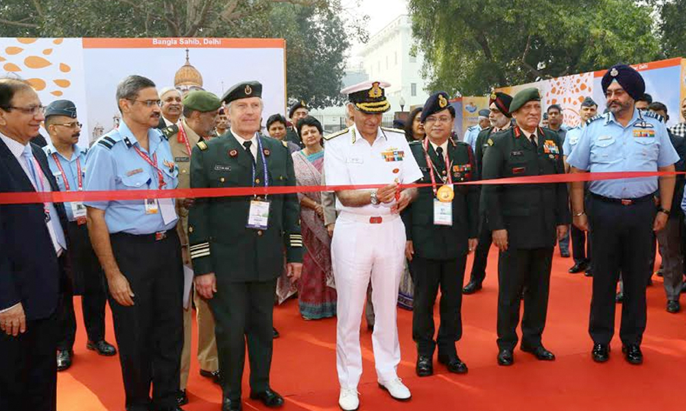 Delhi, 21st Nov.2017: The Chairman, Chiefs of Staff Committee and Chief of Naval Staff, Admiral Sunil Lanba inaugurating the Scientific Exhibition, at the 42nd ICMM World Congress on Military Medicine