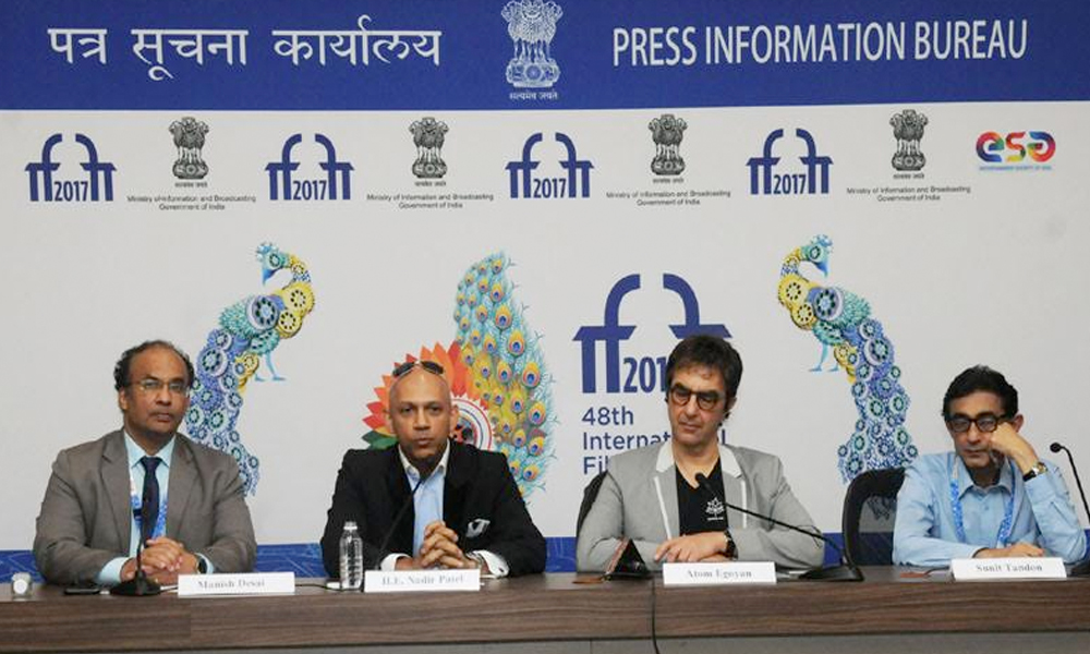 Panaji, 28th Nov.2017: The High Commissioner of Canada to India, Mr. Nadir Patel, Filmmaker, Writer & Director Atom Egoyan at a Press Conference, during the 48th International Film Festival of India (IFFI-2017), in Goa