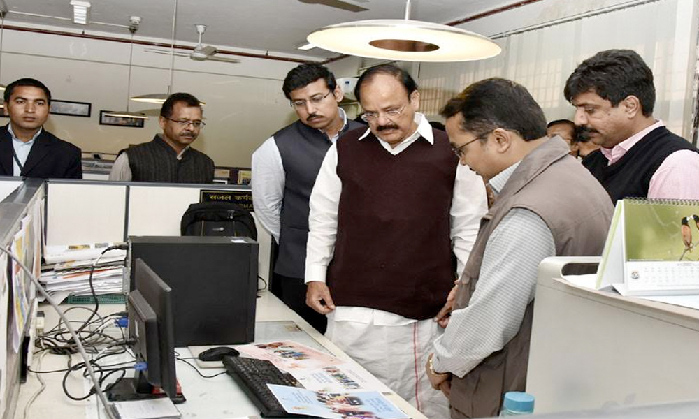 Delhi, 2nd Feb.2017: Shri M. Venkaiah Naidu and Col. Rajyavardhan Singh Rathore visiting the Directorate of Advertising and Visual Publicity (DAVP), at Soochna Bhawan