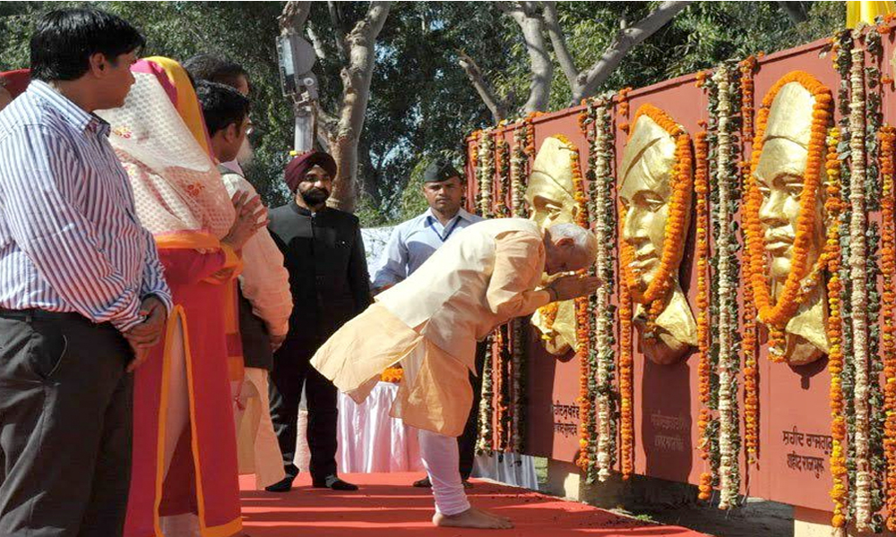 Delhi, 23rd March.2017: Prime Minister Narendra Modi pays tribute to Bhagat Singh, Rajguru & Sukhdev on their martyrdom day