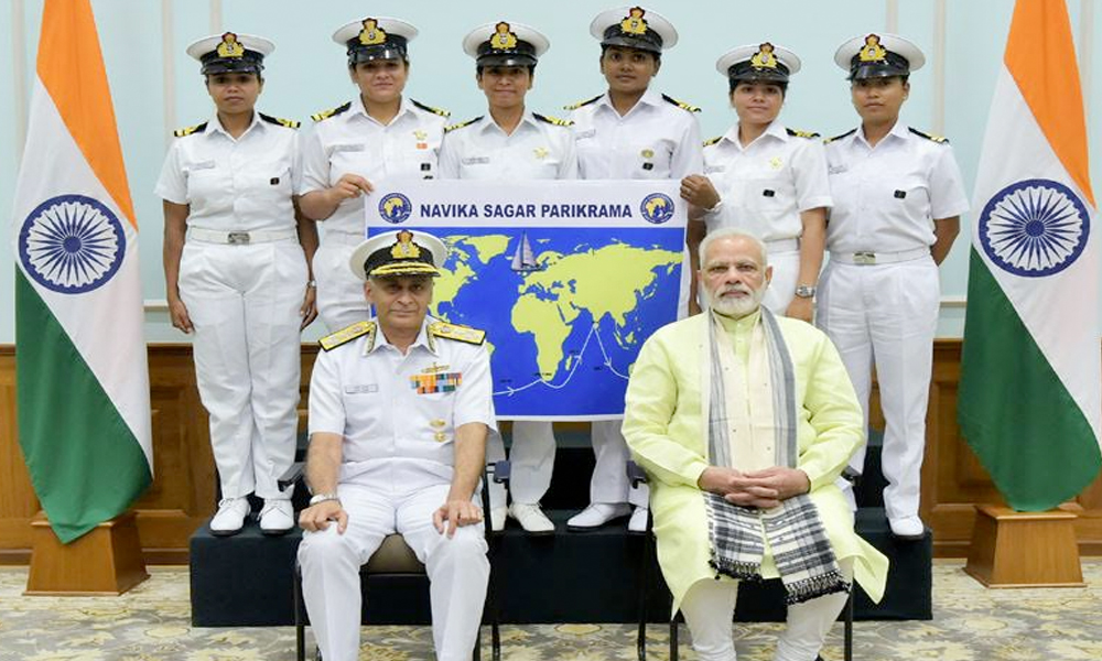 Delhi, 17th Aug.2017: The Prime Minister, Shri Narendra Modi with the Six women officers of the Indian Navy who are due to circumnavigate the globe on the sailing vessel INSV Tarini