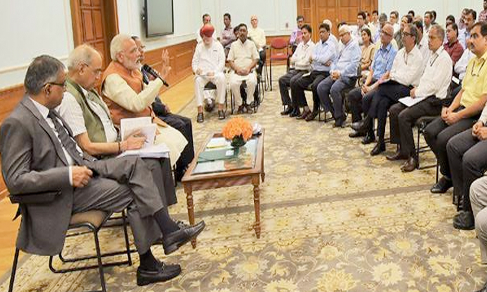 Delhi, 25th Aug.2017: The Prime Minister, Shri Narendra Modi interacting with the Additional Secretaries and Joint Secretaries, in New Delhi
