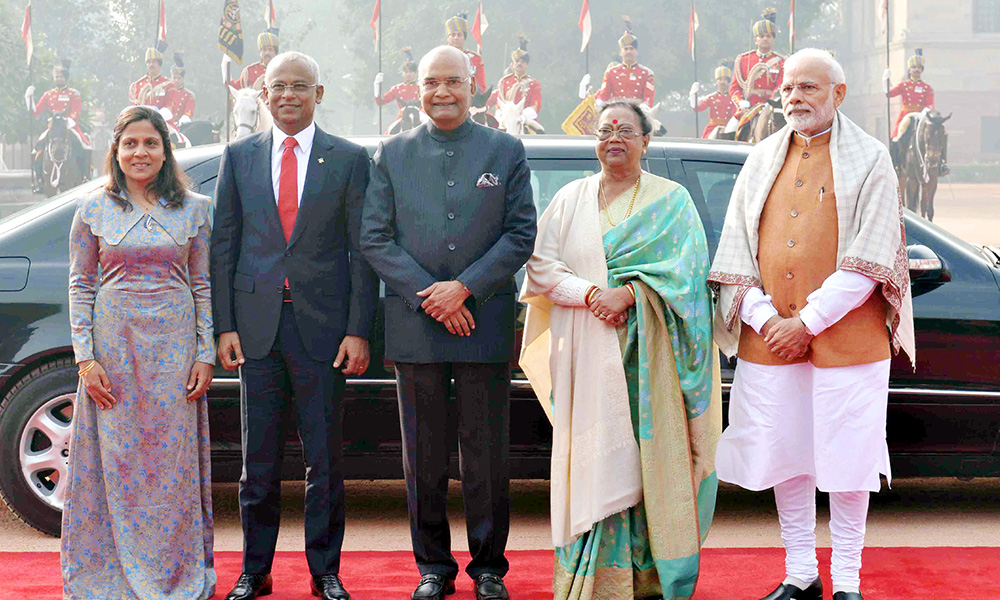 The President, Ram Nath Kovind and the Prime Minister, Narendra Modi with the President of Maldives, Mr. Ibrahim Mohamed Solih, during the Ceremonial Reception, at Rashtrapati Bhavan, in New Delhi