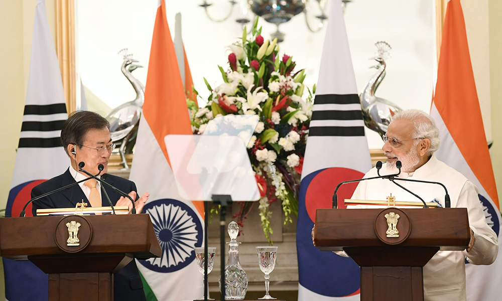 The Prime Minister, Narendra Modi and the President of the Republic of South Korea, Moon Jae-in at the Joint Press Statement, at Hyderabad House, in New Delhi.