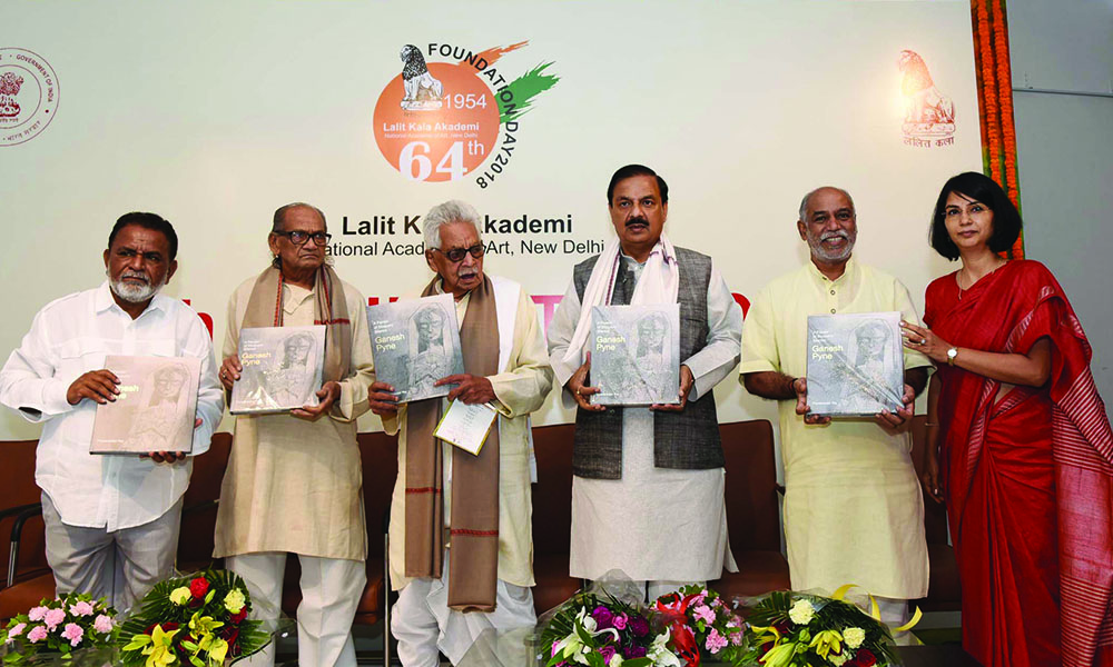 The Minister of State for Culture (I/C) and Environment, Forest & Climate Change, Dr. Mahesh Sharma releasing the publication at the inauguration of the 64th Foundation Day of Lalit Kala Academy