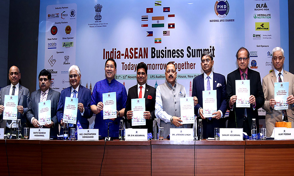 The Minister of State, Dr. Jitendra Singh at the inaugural session of 2-day India-ASEAN Business Summit, in New Delhi.