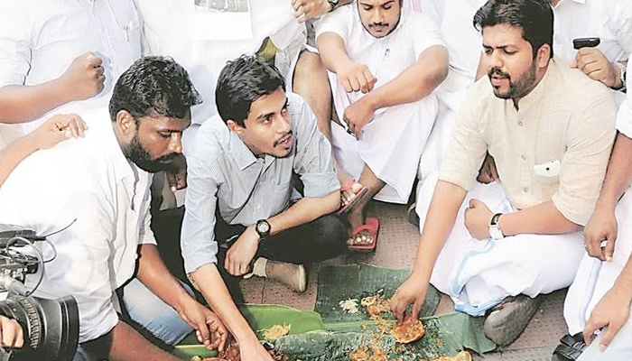 Youth Congress workers booked for slaughtering calf in public in Kannur