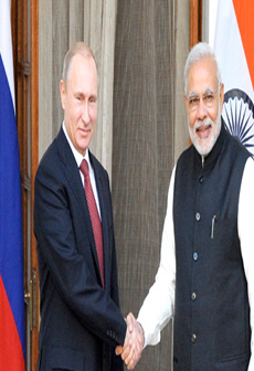 PM Narendra Modi with President of Russia Vladimir Putin at a Joint Press Meet.
