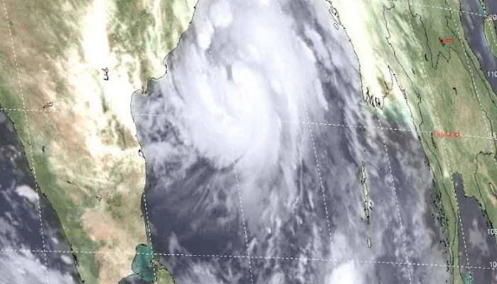 Cyclone Titli: Indian Railways services affected; Trains cancelled, rescheduled and diverted