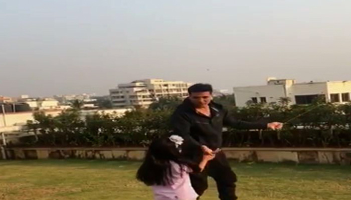 Akshay Kumar and his daughter flying-Kite on Makar Sankranti