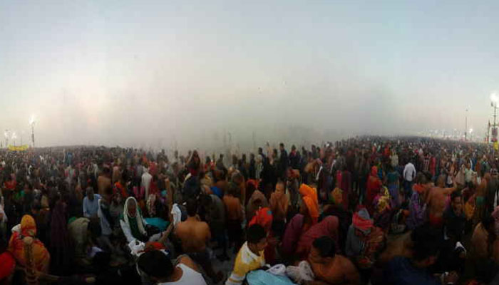 Kumbh Mela : Devotees throng Prayagraj on Paush Purnima