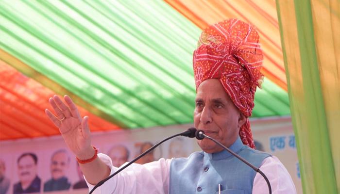 Union Defence Minister Rajnath Singh accuses Congress of internationalising Kashmir issue